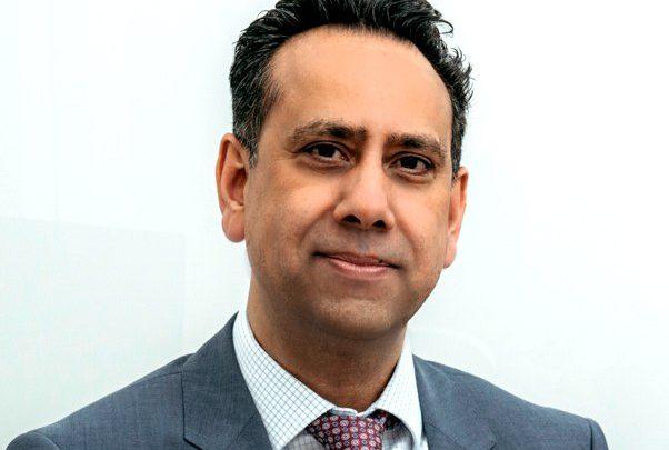Mr Mo Akmal